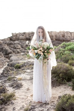 Beautiful bride with organic bouquet