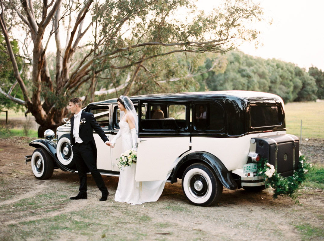 An Art Deco Wedding Shoot with Downton Abbey Elegance : Chic Vintage ...