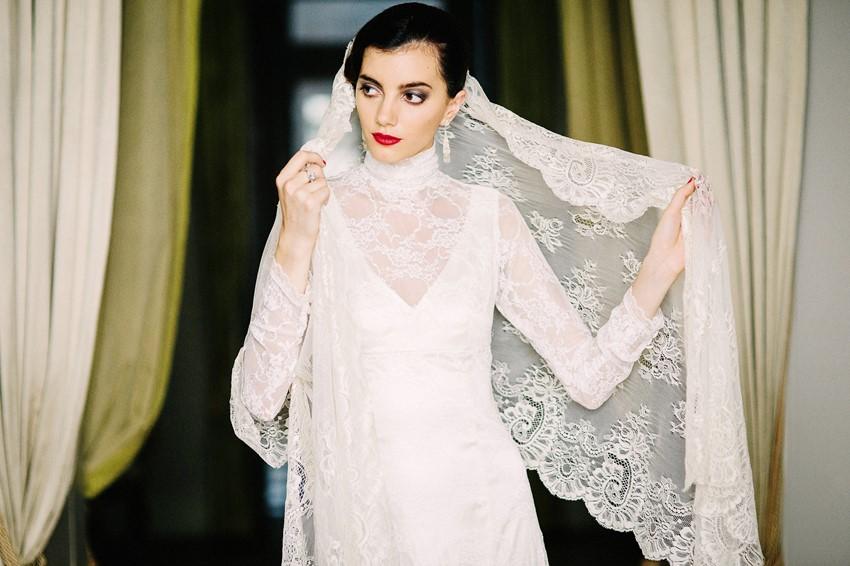 Vintage Lace Veil - Wedding Inspiration with Latin American Elegance