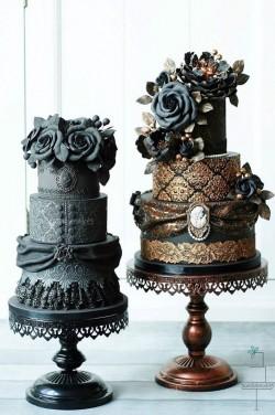 Victoriana Wedding Cake Gothic