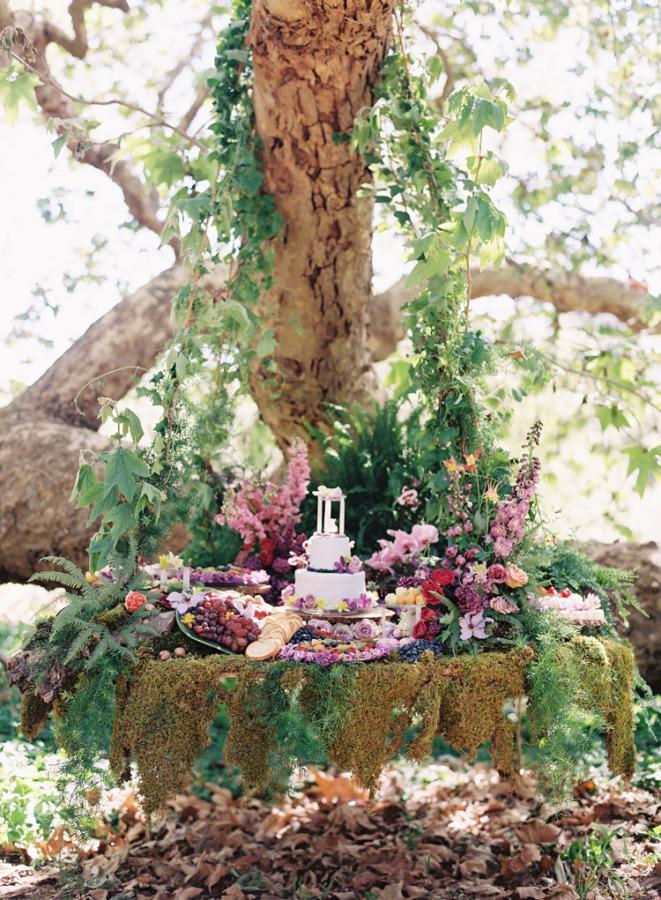 Woodland Wedding Cake & Dessert Table