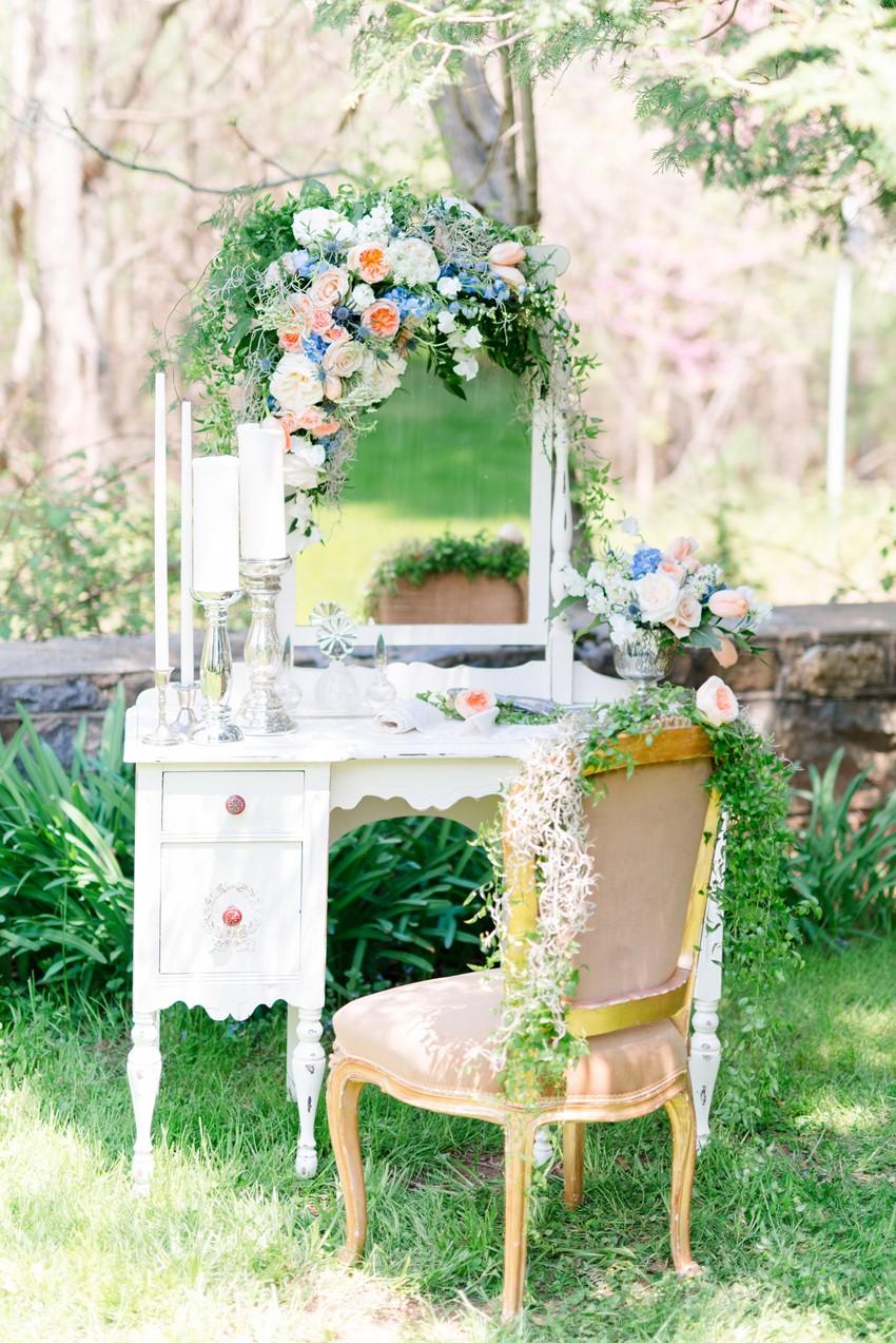 Lovely Vintage Wedding Decor Photography by Anna Kardos Photography