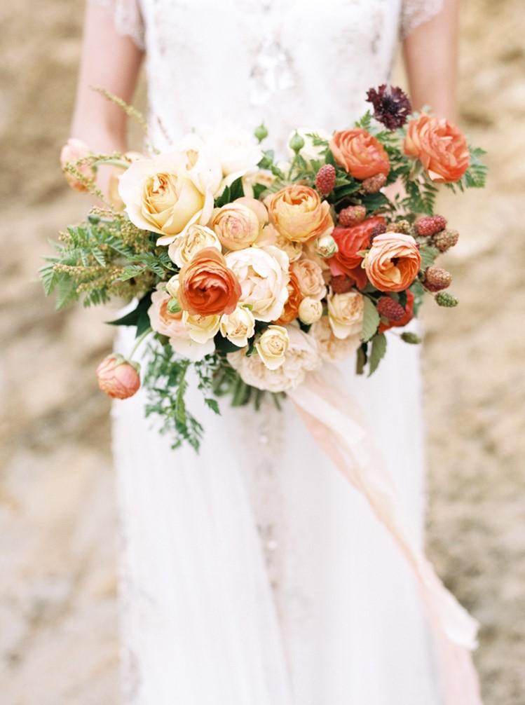 Beautiful Bridal Bouquet in Orange // Photography by Taralynn Lawton http://taralynnlawton.com/