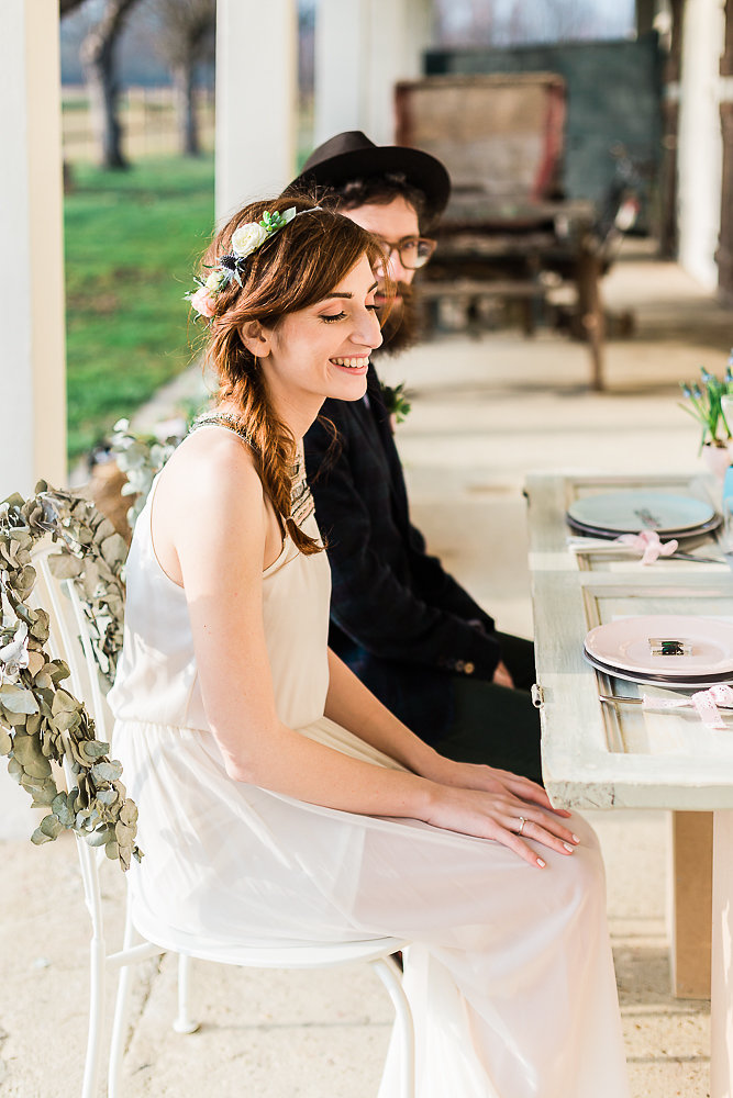 Vintage Boho Wedding Sweetheart Table // Photography ~ Lisa Digliglio