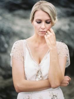 Romantic Beach Bridal Look // Photography by Taralynn Lawton http://taralynnlawton.com