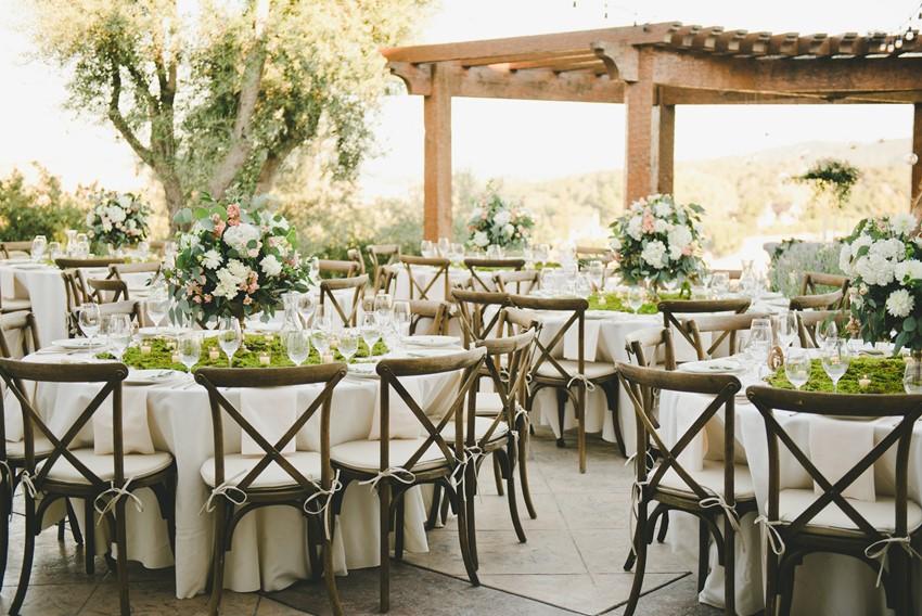 Lush Boho Chic Wedding Reception // Photography by Onelove Photography http://www.onelove-photo.com