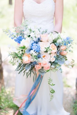 Spring Bridal Bouquet in Soft Pastels Photography by Anna Kardos Photography
