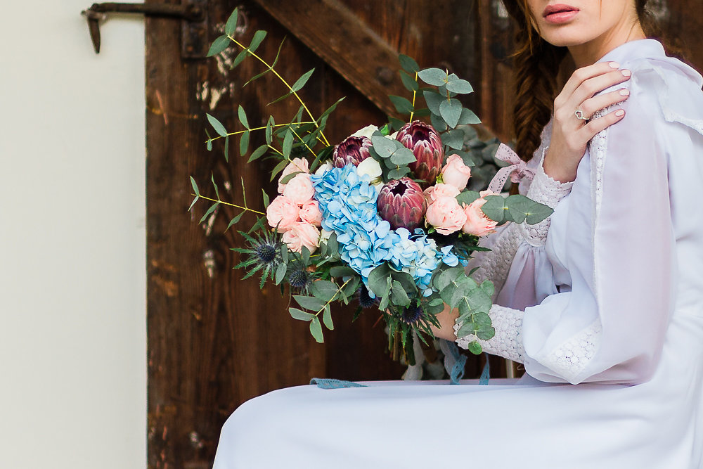 Vintage Boho Bridal Bouquet // Photography ~ Lisa Digliglio