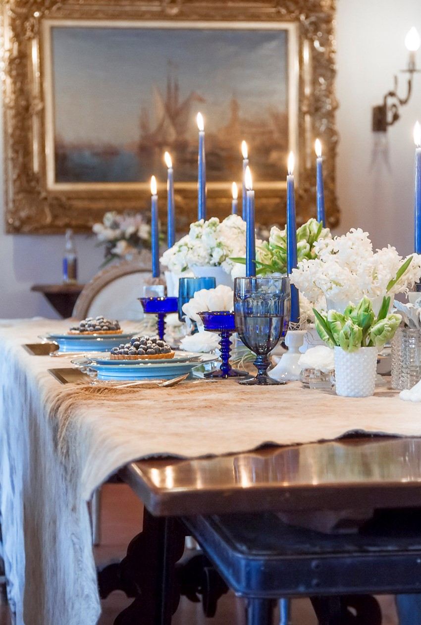 Blue Winter Wedding Tablescape // Photography ~ Twin Lens Weddings
