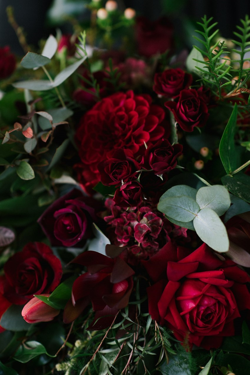 A Stunning Red Bridal Bouquet Recipe