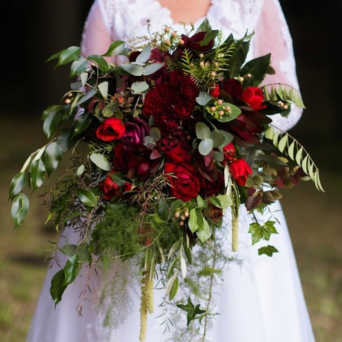 A Romantic Autumn Bridal Bouquet