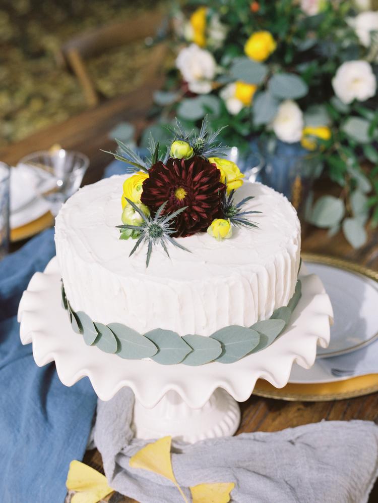 Single Tier Autumn Wedding Cake // Photography ~ Wendy Cooper Photography