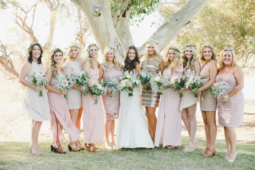 Bride & Mismatched Bridesmaids // Photography Onelove Photography