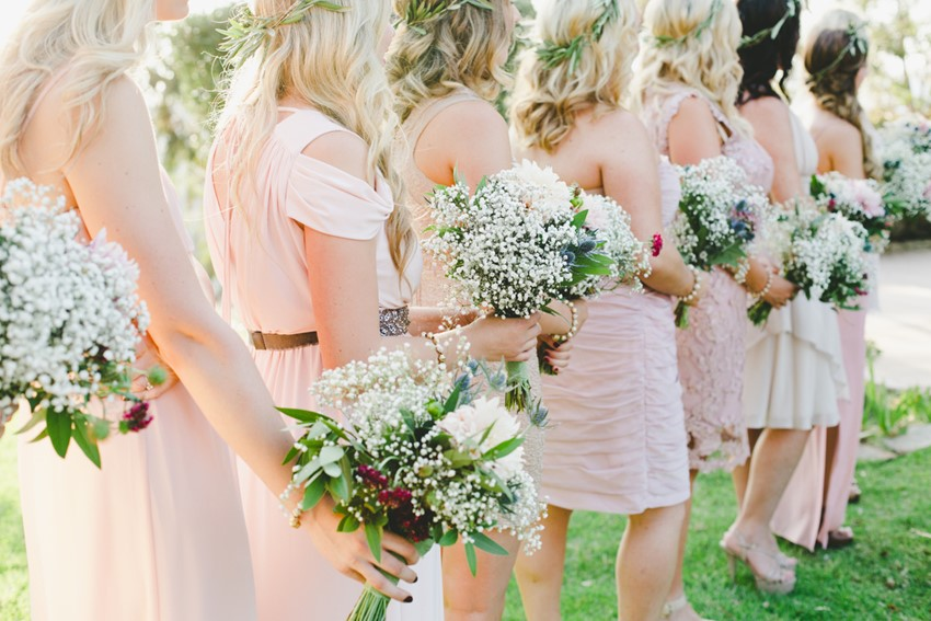 Mismatched Bridesmaids in Pink Dresses // Photography Onelove Photography