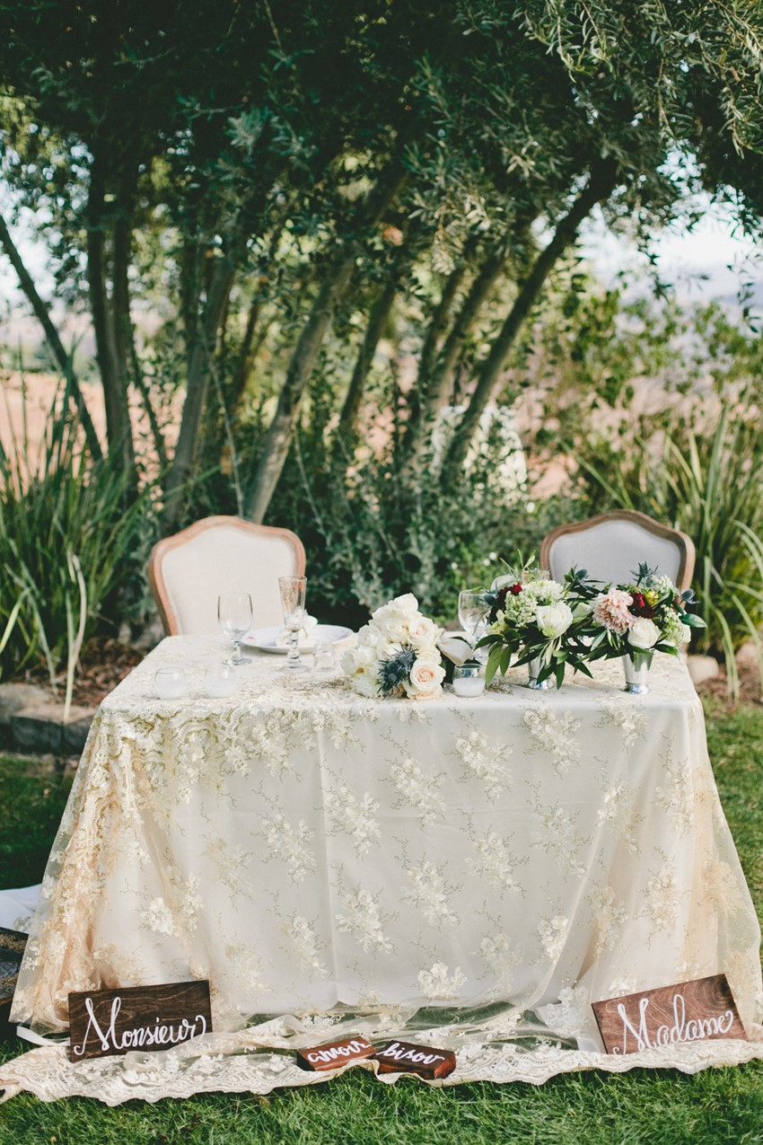 Romantic Wedding Sweetheart Table // Photography Onelove Photography