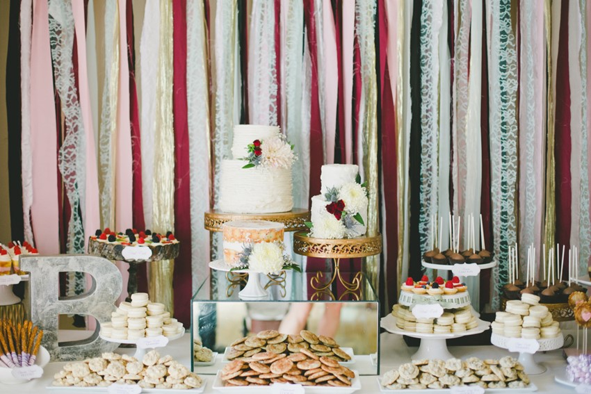 Wedding Dessert Table // Photography Onelove Photography