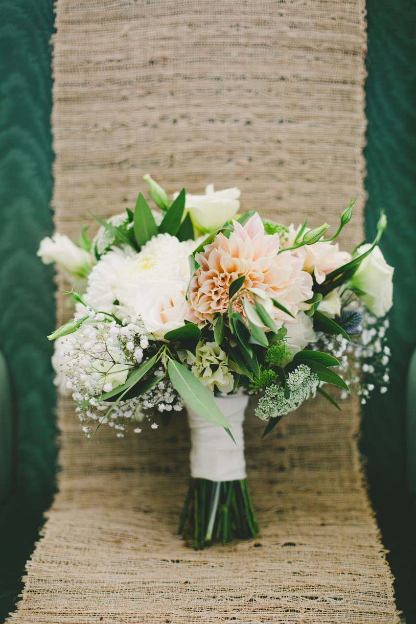 Bridal Bouquet // Photography Onelove Photography