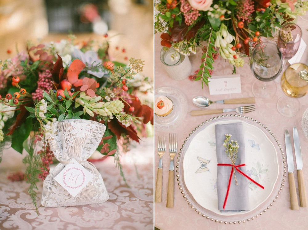 Romantic Autumn Wedding Sweetheart Table & Place Setting // Photography ~ Anna Roussos Photography