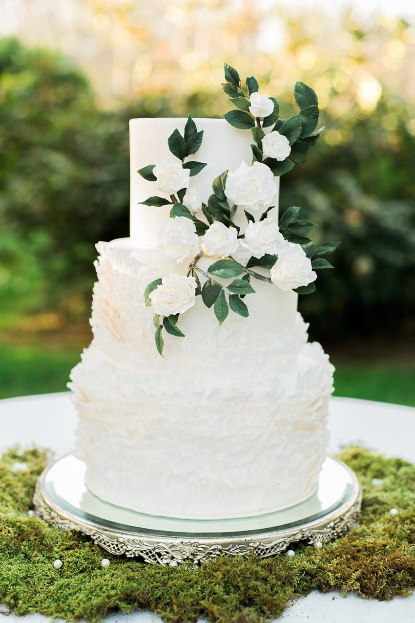 Elegant Garden Wedding Cake