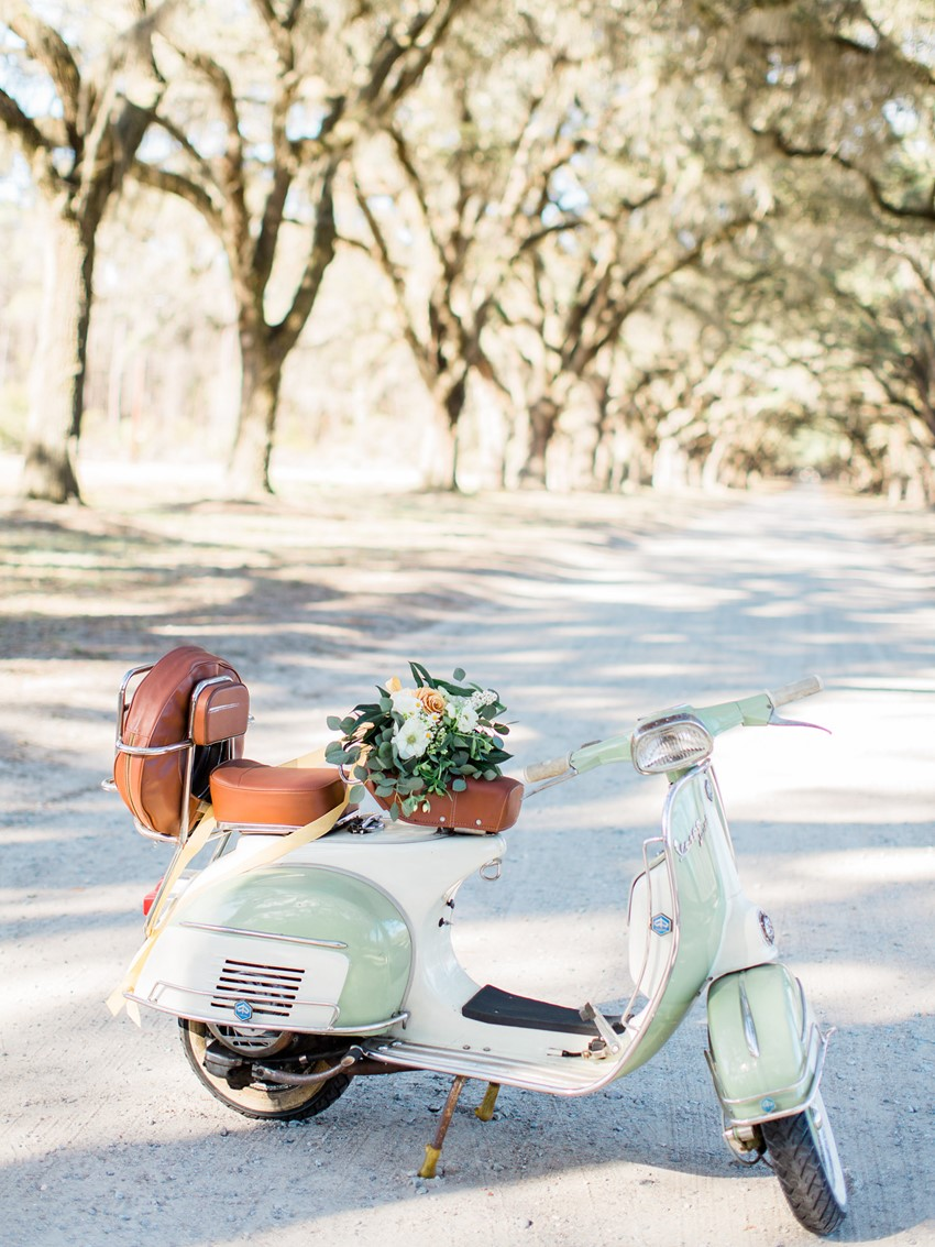 Vintage Vespa // Photography ~ The Happy Bloom