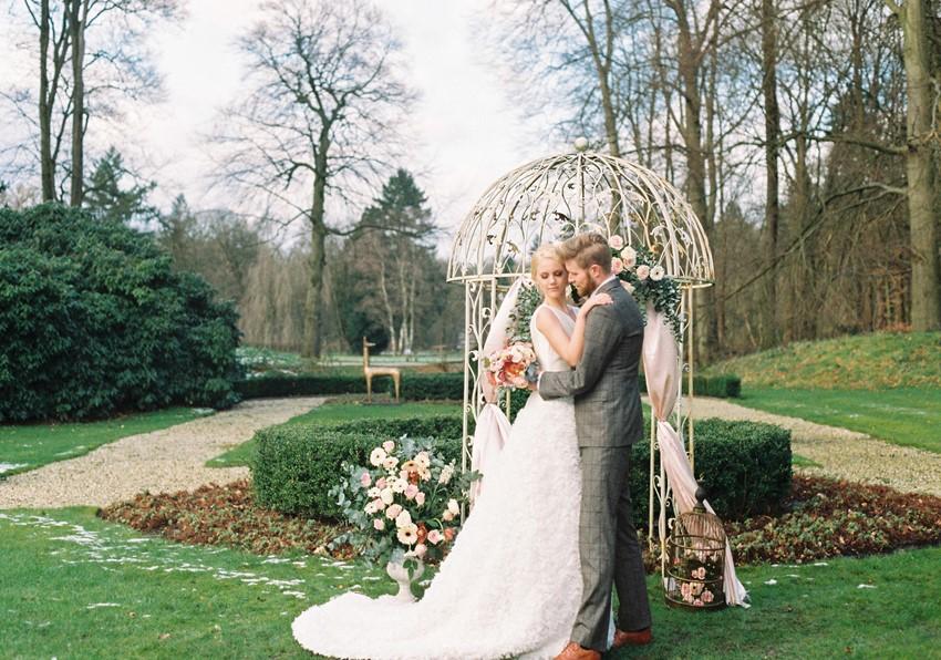 Romantic Garden Wedding Ceremony Decor // Photography ~ Chymo More
