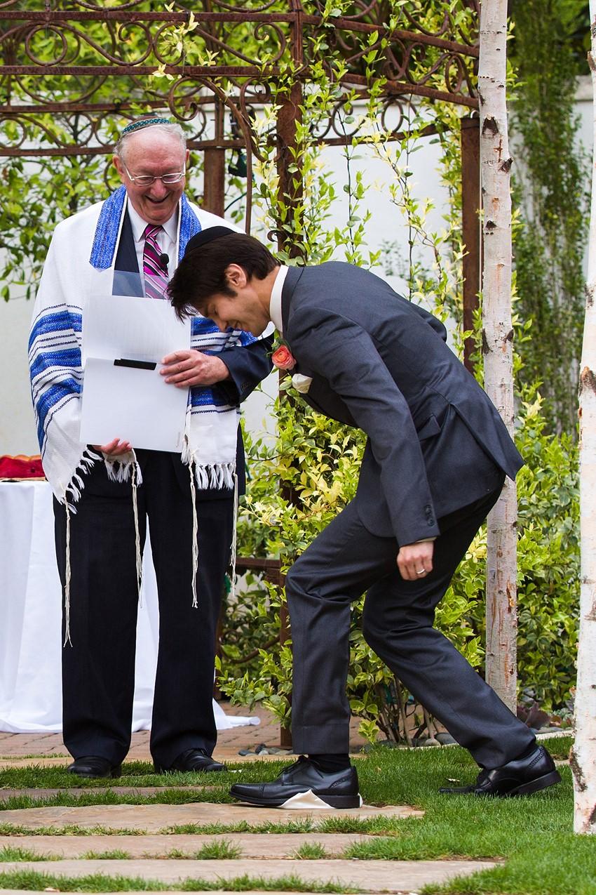 Jewish Garden Wedding Ceremony // Photography ~ Mike Reed Photo