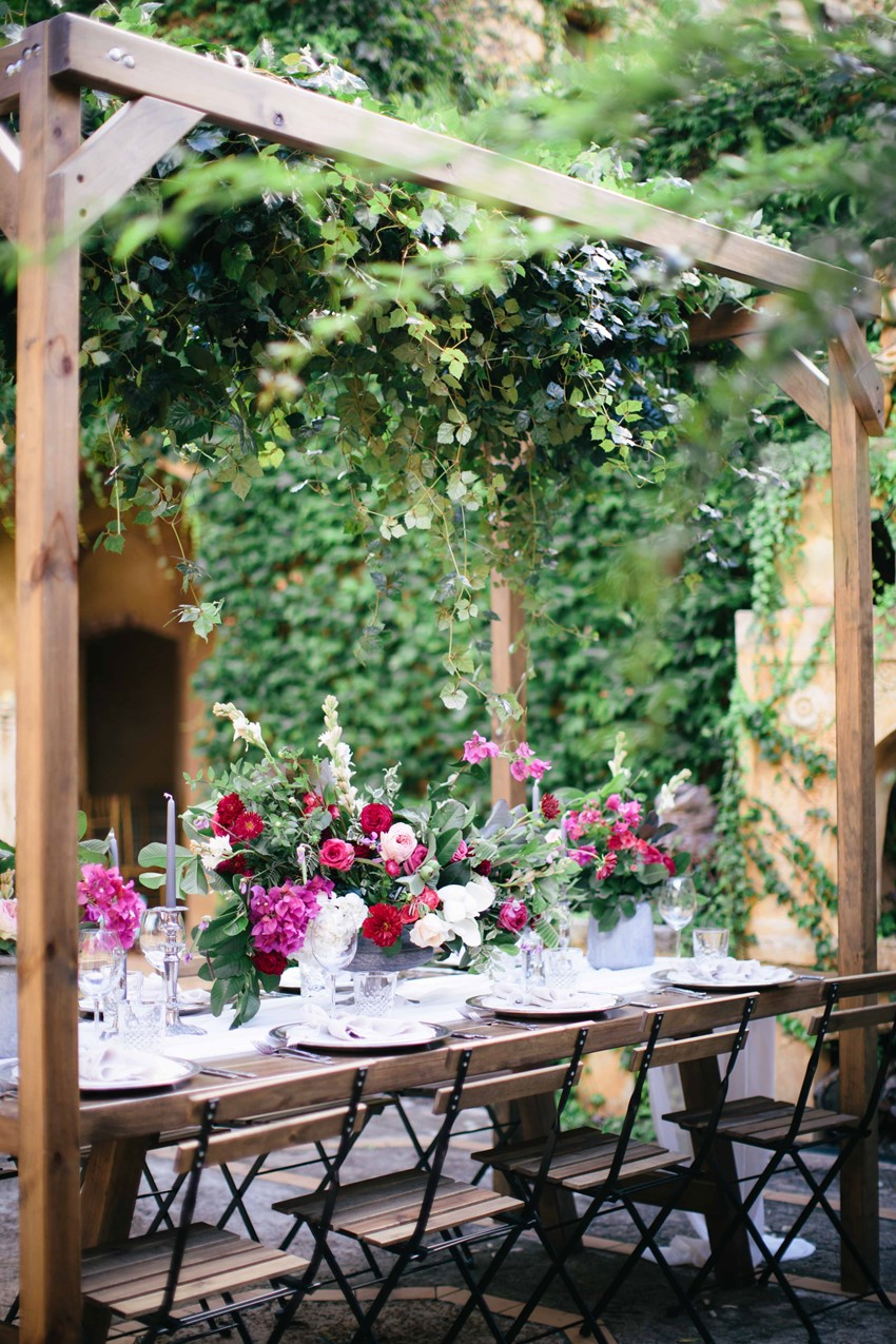 Intimate Outdoor Wedding Reception // Photography ~ White Images