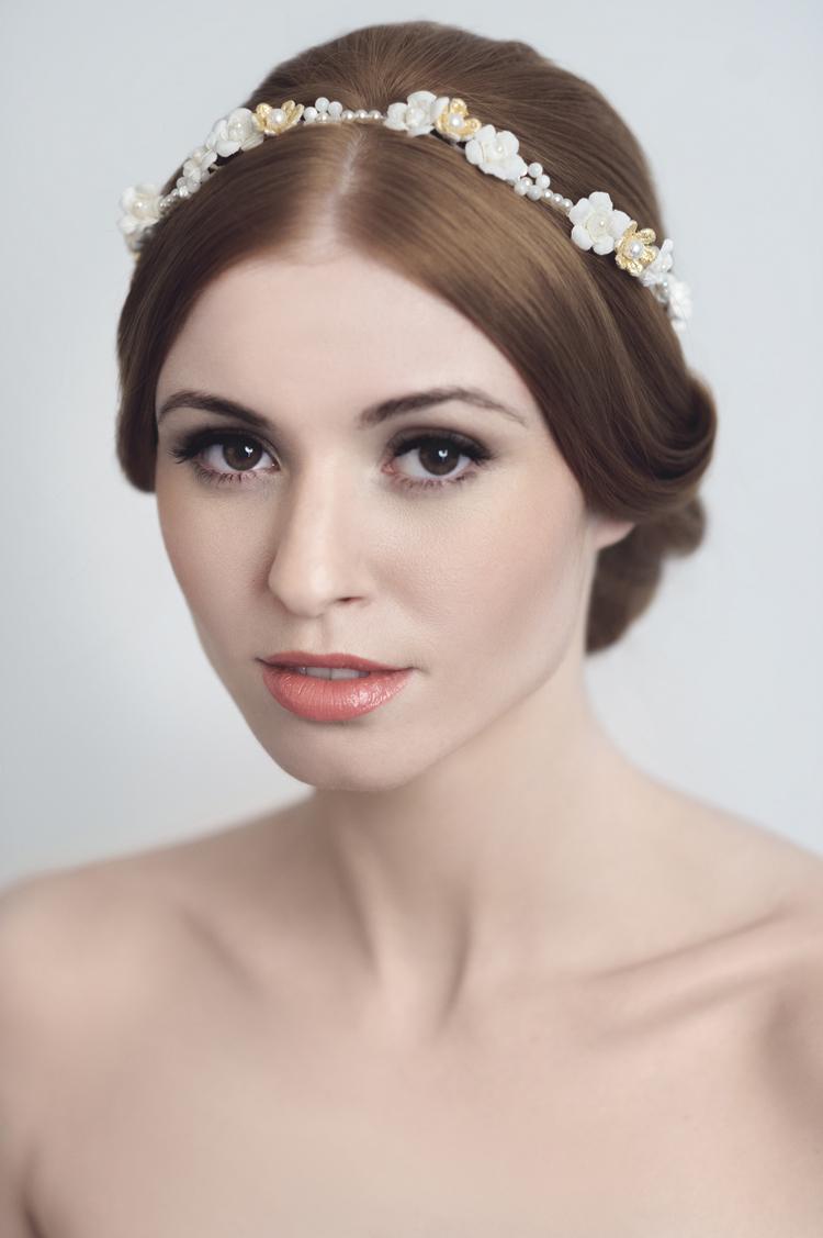 Daisy Bridal Headdress from Yelena Smirnova