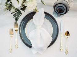 Elegant Black & White Wedding Tablescape // Photography ~ Lara Lam