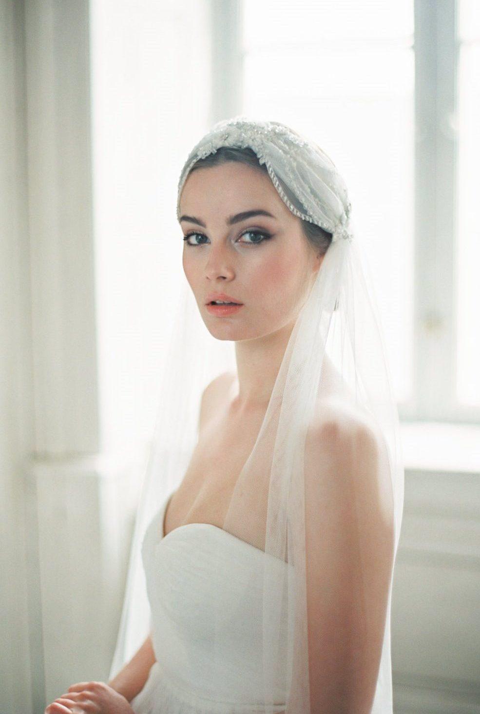Veils & Hair Accessories Archives - Chic Vintage Brides : Chic ...