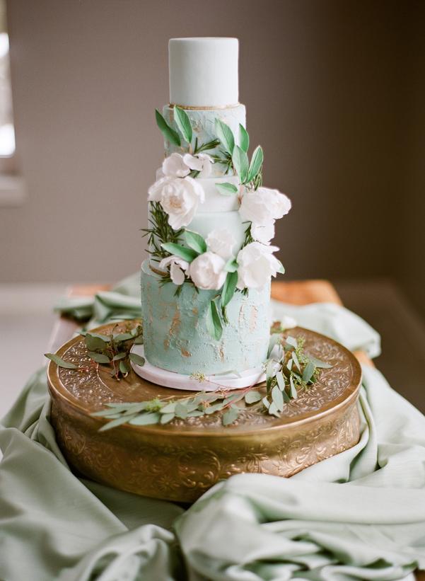 Mint & Gold Wedding Cake