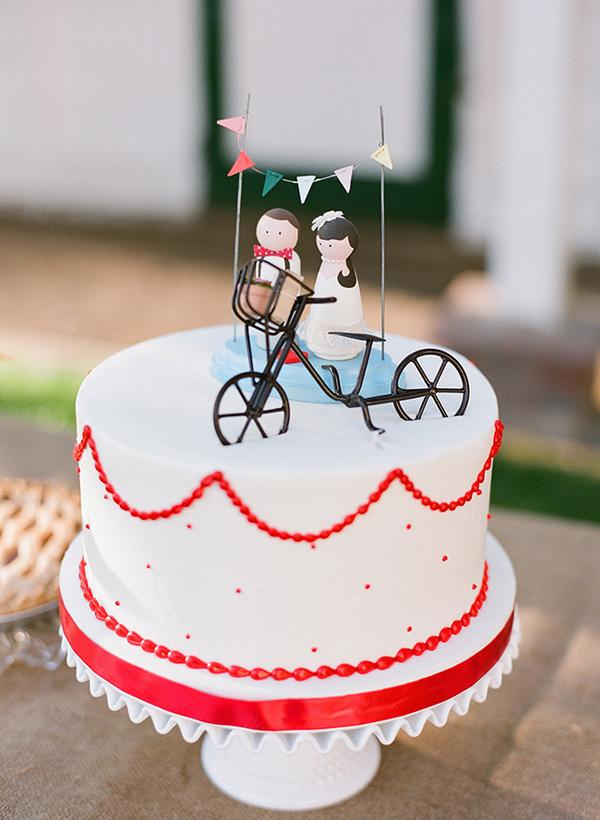 Sweet Single Tier Wedding Cake