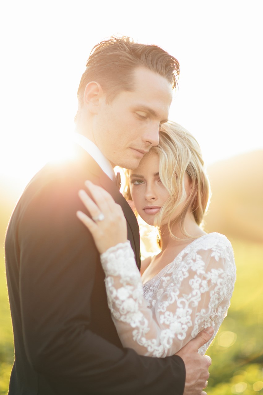 Romantic Sunset Wedding Portraits // Photography ~ White Images