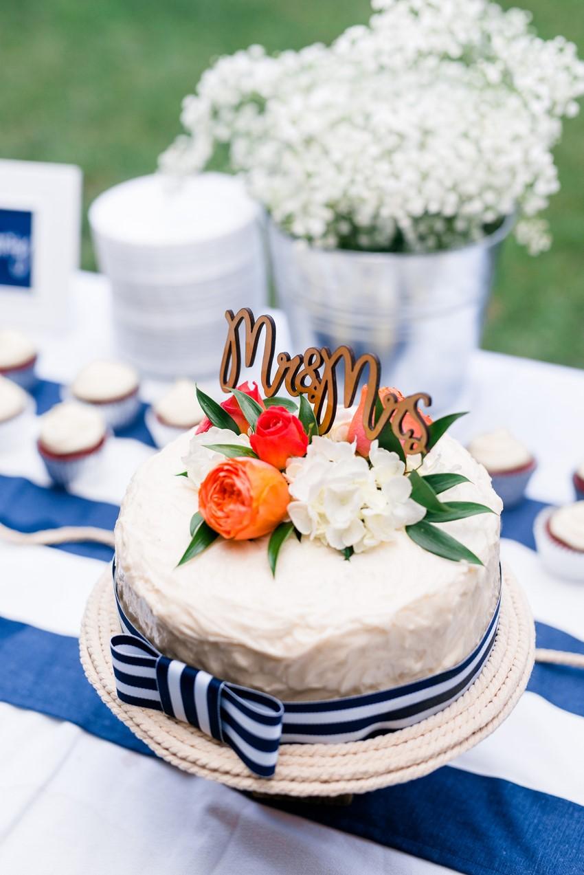Single Tier Wedding Cake // Photography ~ Anna Kardos