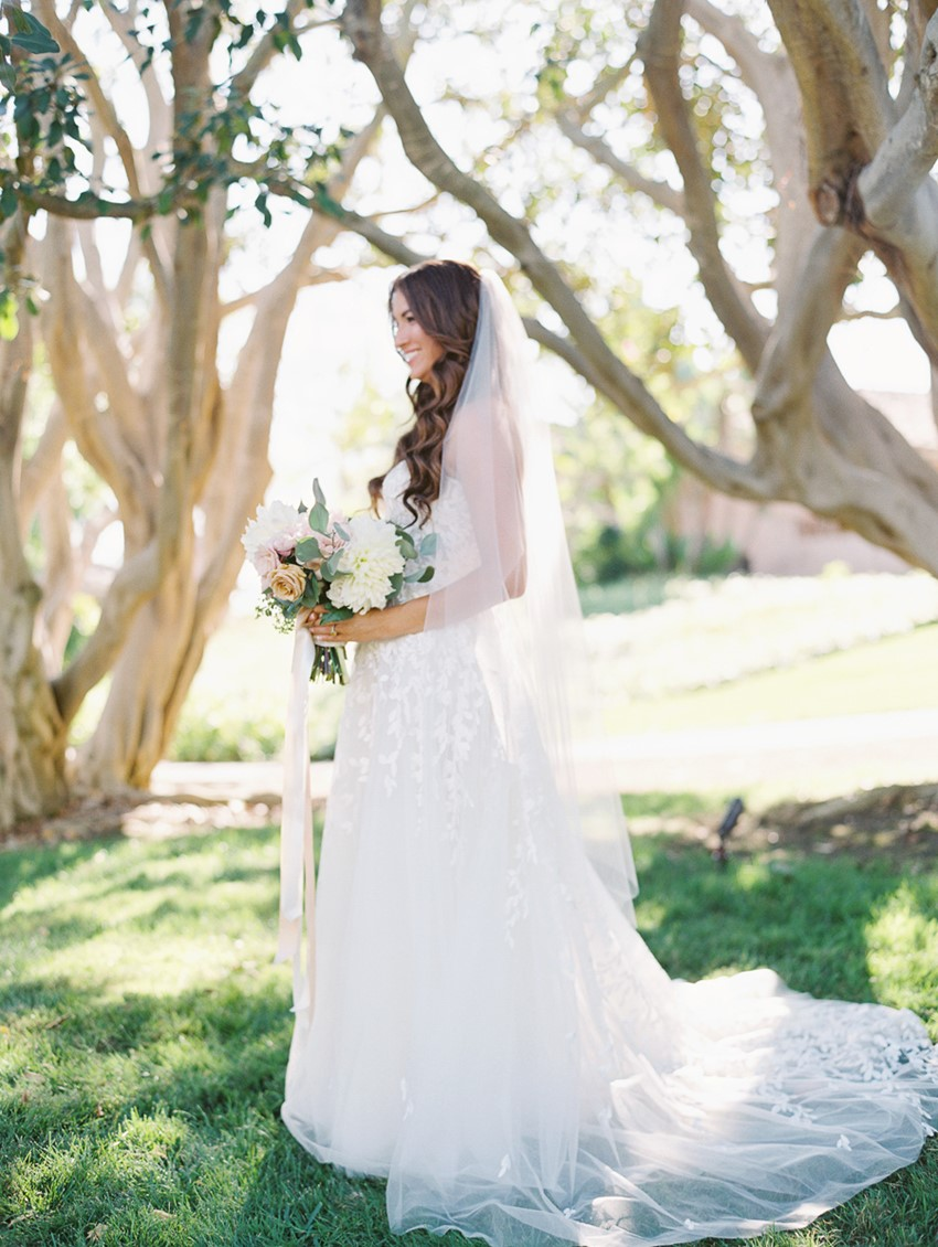 Romantic Timeless Bridal look // Photography ~ Carmen Santorelli Photography