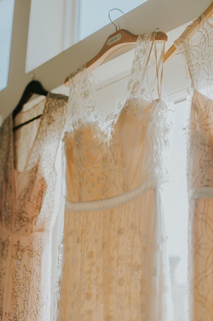 Wedding Dress Wedding Photo // Photography ~ Anna Page Photography