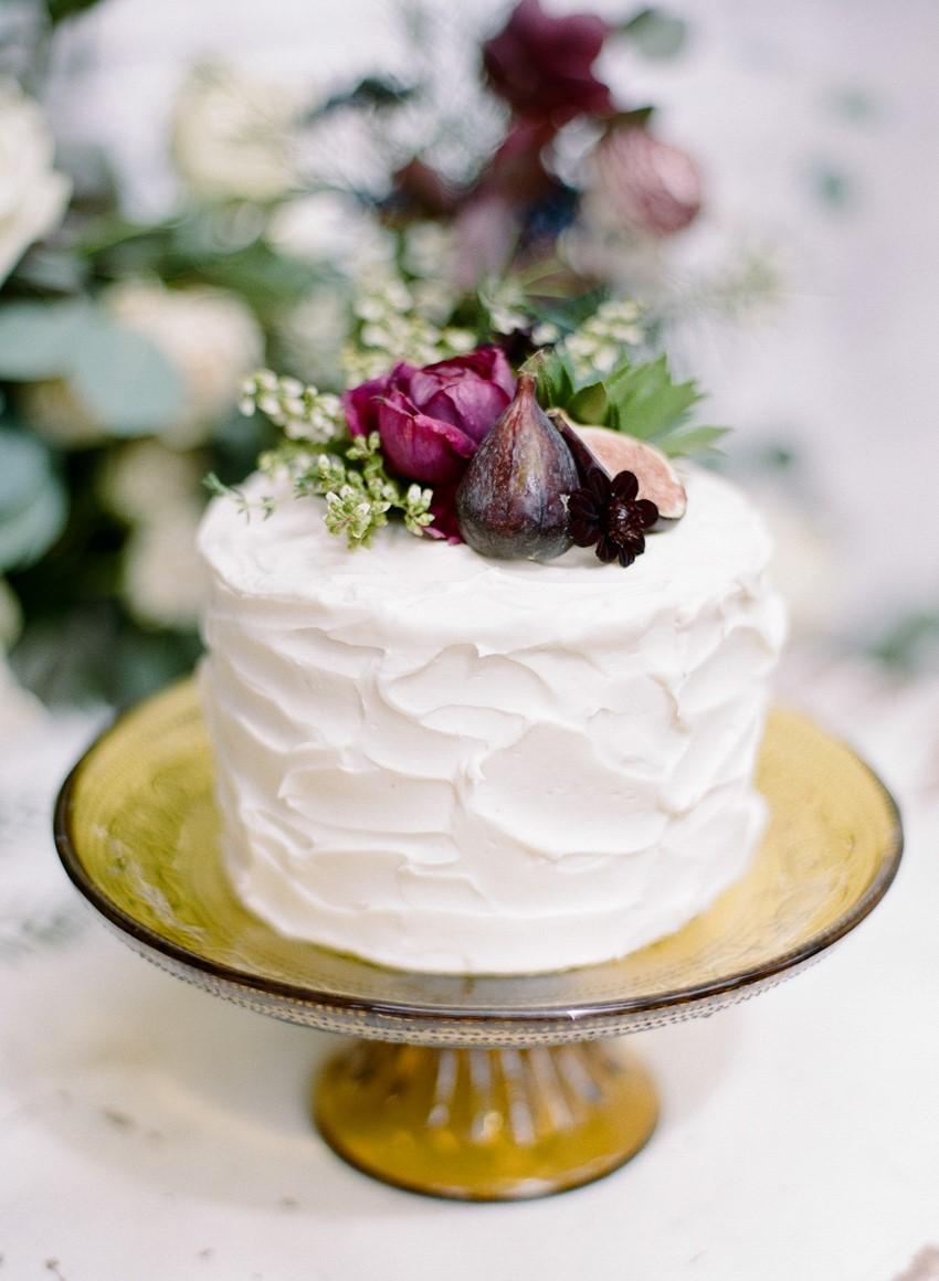 One Tier Wedding Cake // Photography ~ Rebecca Yale Photography