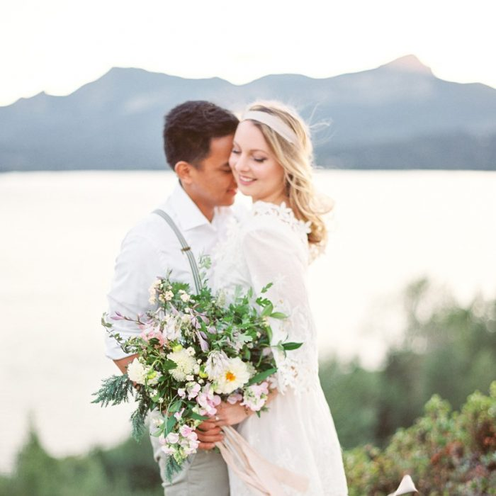 Beautiful Lakeside Engagement Session