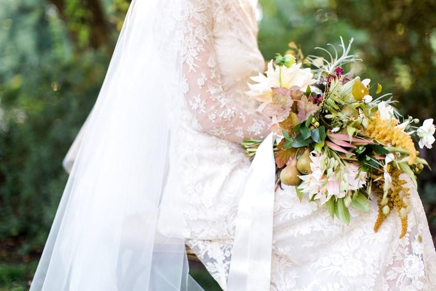 Beautiful Fall Greenery Bridal Bouquet // Photography ~ Anna Scott Photography