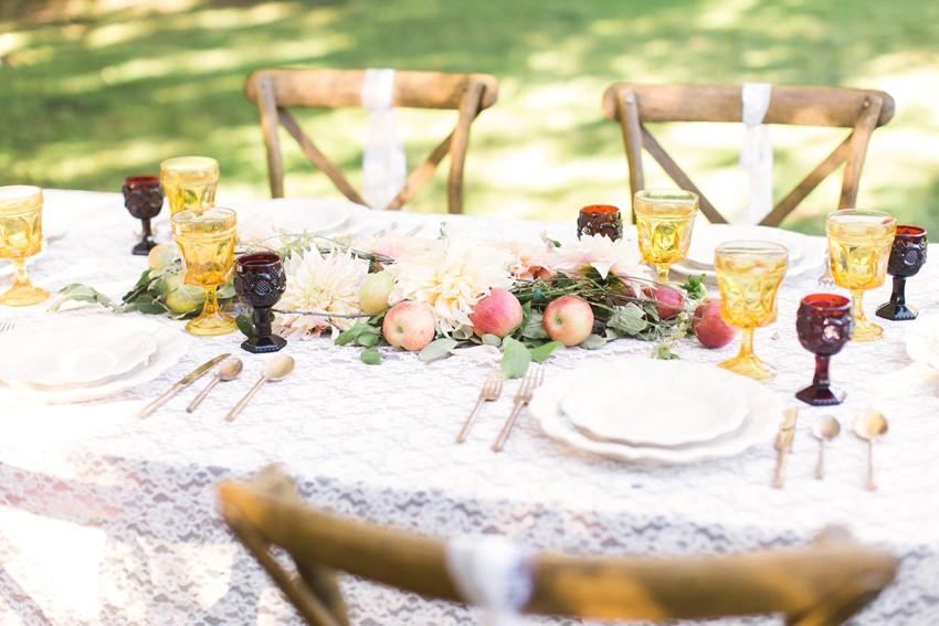 Rustic Elegant Fall Wedding Tablescape // Photography ~ Anna Scott Photography