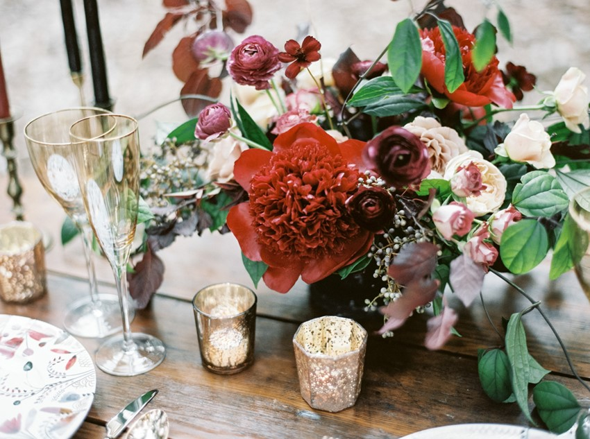 Romantic Red Floral Wedding Centerpiece // Photography ~ Taralynn Lawton
