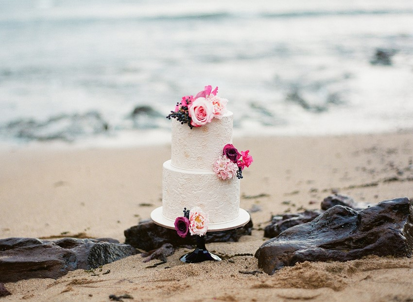 Beach Wedding Cake // Photography ~ Love Note Photography