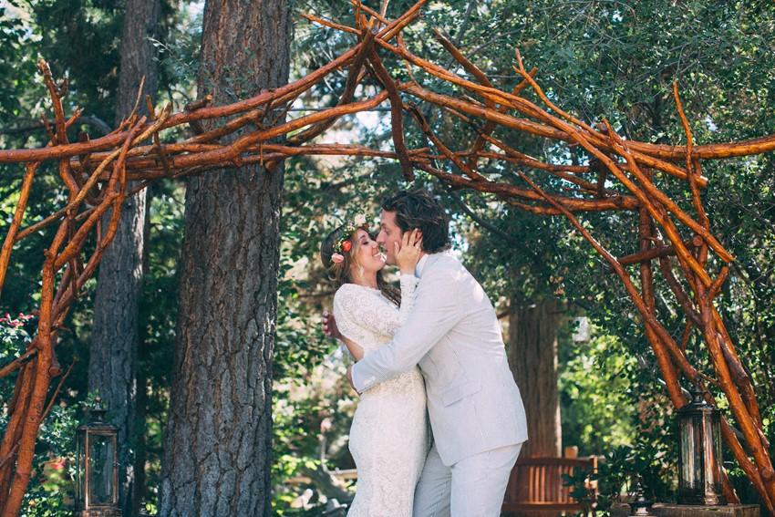 Boho Wedding First Kiss // Photography ~ The Darlene