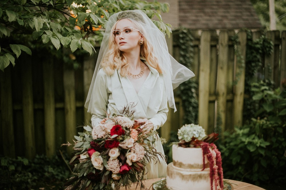 Glamorous Vintage Bride // Photography ~ Myranda Randle Photography
