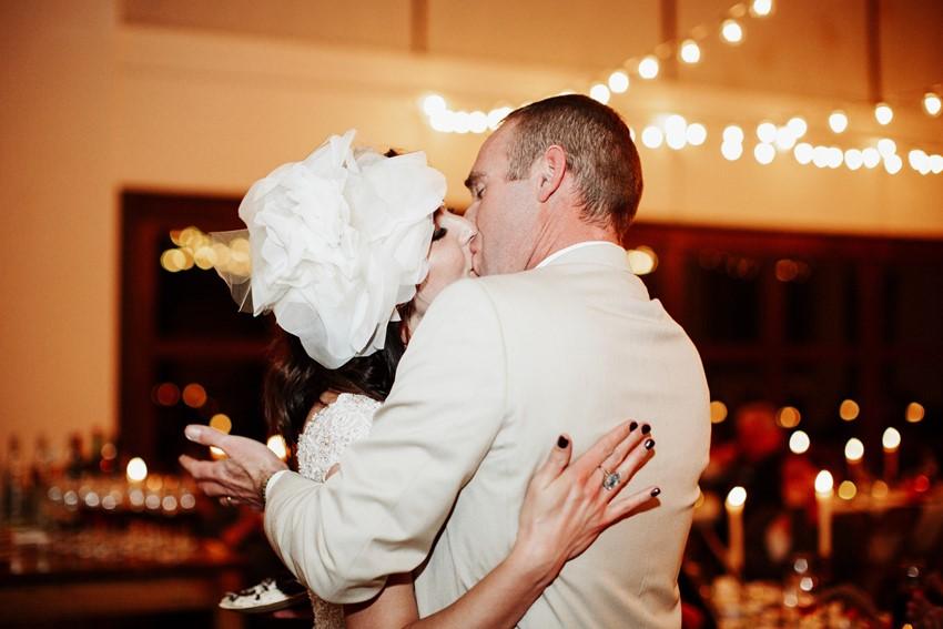Cutting the wedding cake photos // Photography ~ Elizabeth Wells Photography