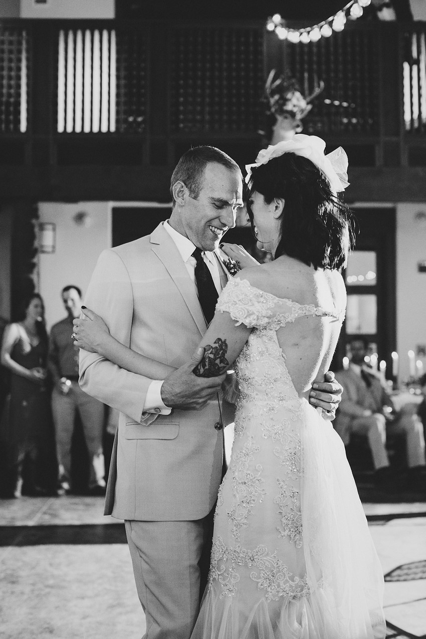 First Dance Photos // Photography ~ Elizabeth Wells Photography