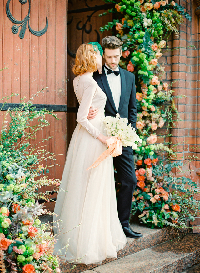 Romantic Peach & Green Vintage Wedding Inspiration