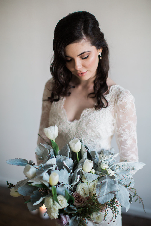 Understated Elegant Bride