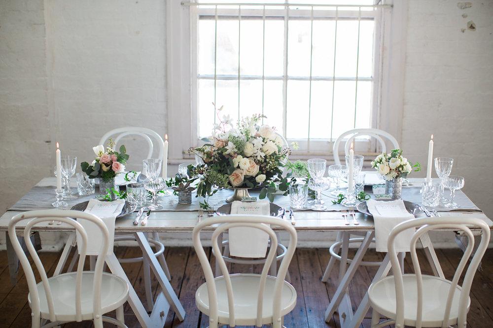 Understated Elegant Wedding Tablescape