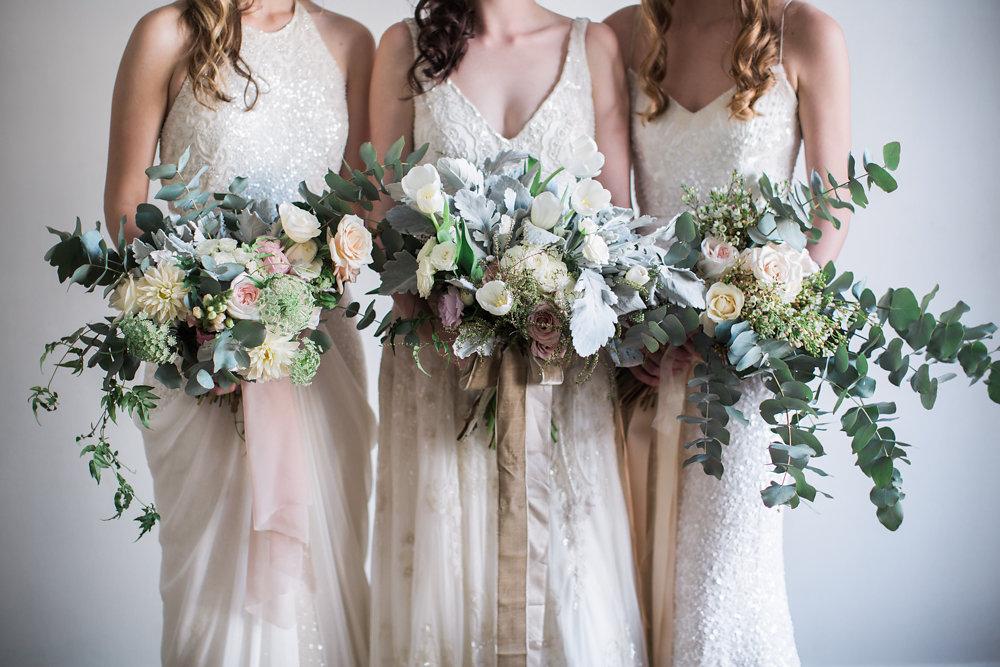 Beautiful Bride & Bridesmaid Bouquets